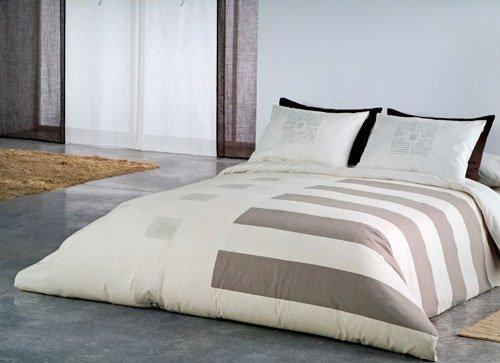 Lenjerii de pat românești ideale pentru orice dormitor.
